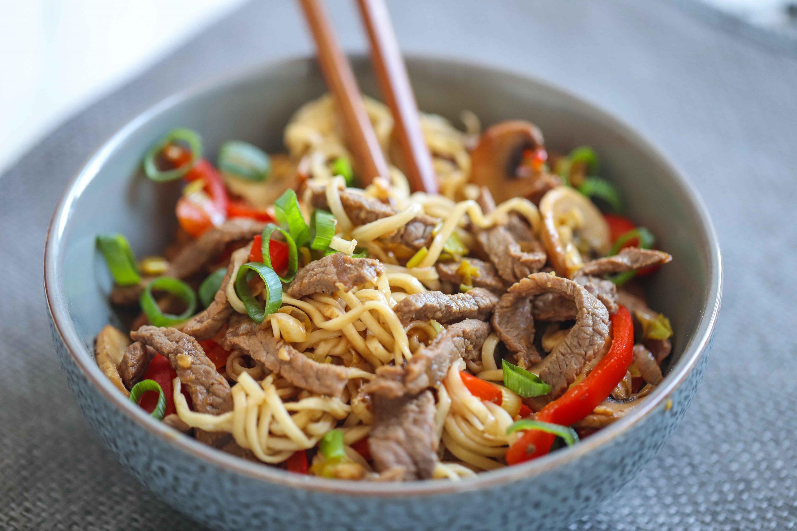Simple Beef Chow Mein